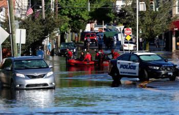 ارتفاع قتلى الفيضانات الهائلة في نيويورك إلى 41 شخصاً
