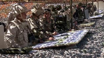 صور.. روسيا تجري تدريبات عسكرية ضخمة تثير قلق الناتو