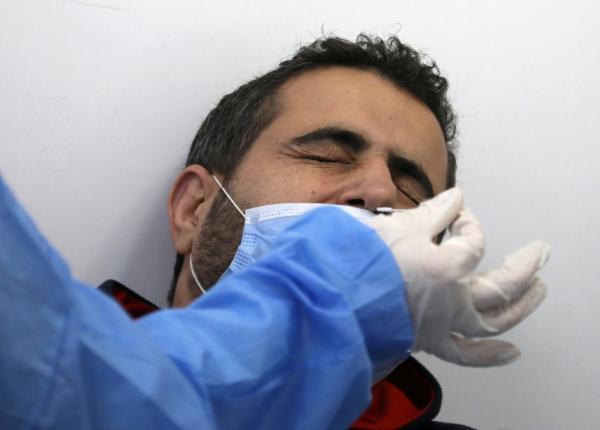 لبنان يسجل 801 إصابة جديدة بكورونا