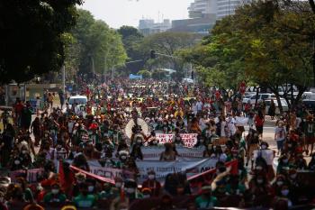 الرئيس «بولسونارو».. يضع الديمقراطية البرازيلية في أزمة