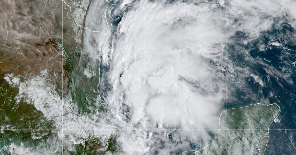 القنصلية في هيوستن: إغلاق المقر لسوء الأحوال الجوية