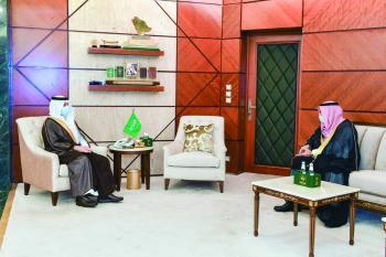 أمير الشرقية لمدير ميناء الملك عبدالعزيز: طوروا العمل وسرعوا الإجراءات