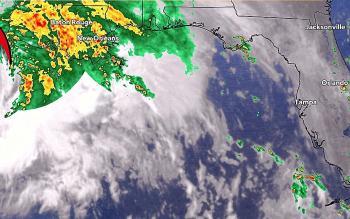 العاصفة الاستوائية «نيكولاس» تتحول إلى إعصار وتتجه إلى أمريكا