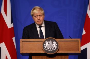 بريطانيا: منح جرعات معززة من لقاحات كورونا لمن تجاوزوا الخمسين