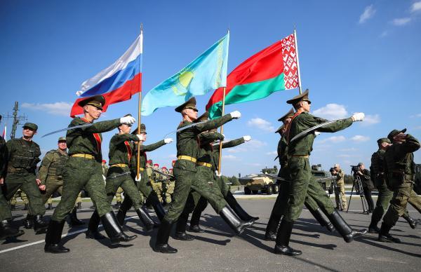 مناورات «زاباد» .. خدعة لصرف الأنظار عن تحرك ضد أوكرانيا