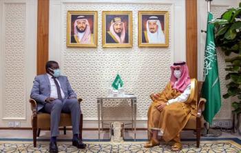 وزير الخارجية يبحث العلاقات مع مجلس السيادة الانتقالي