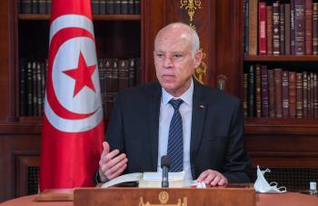 الرئيس التونسي: لسنا دعاة فوضى ولن نحاور الخونة