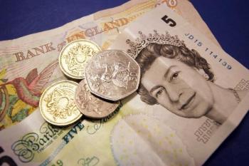 الإسترليني ينخفض مقابل الدولار بـ 0.46 %