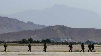 استقالة وزيرة خارجية هولندا لفشل إجلاء المواطنين من أفغانستان
