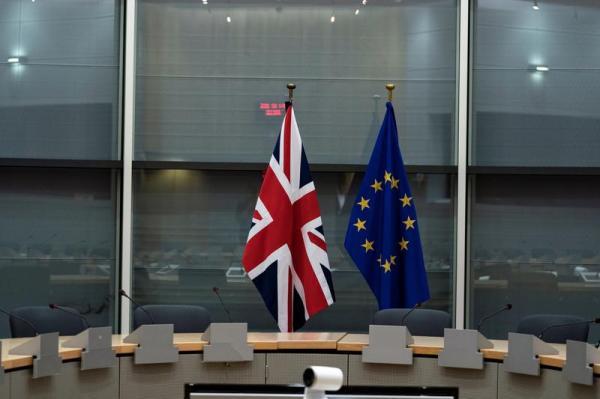 بريطانيا تدعو الناخبين لتحديد ما يجب إلغاؤه من قواعد أوروبية