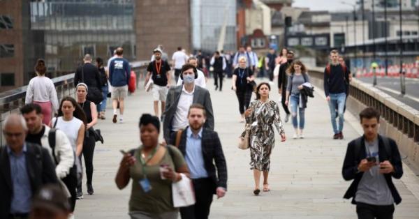 بريطانيا تسجل 32651 إصابة جديدة بكورونا