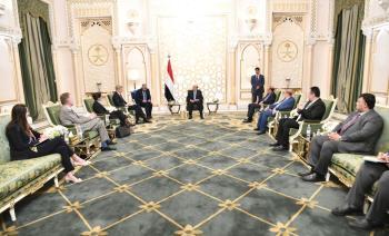 هادي يناقش مع المبعوث الأممي «دور إيران التخريبي»