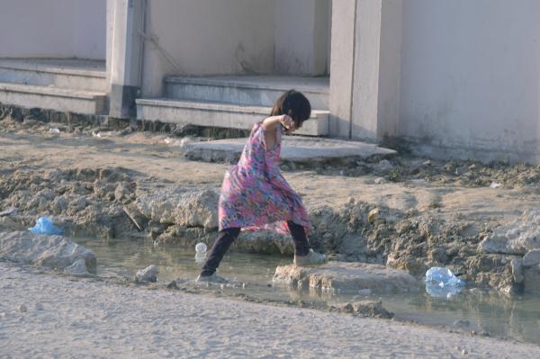 «بديع الدمام».. حفريات الشوارع ضيف ثقيل يزعج السكان