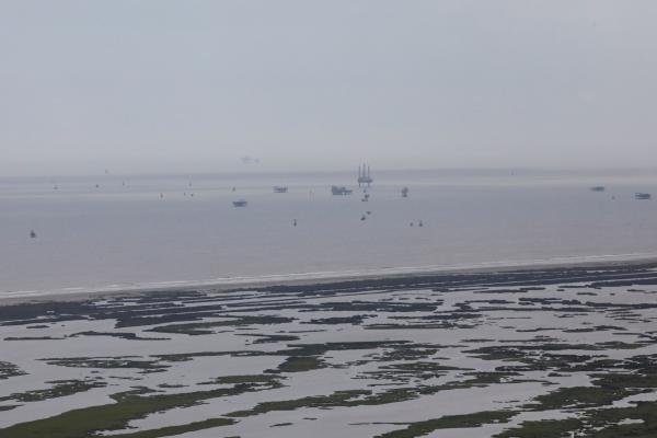 مقتل 8 وفقدان 7 إثر انقلاب سفينة ركاب بالصين