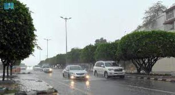 أمطار رعدية على عسير حتى الـ 7 مساءً