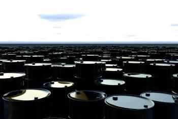 عودة الإمدادات الأمريكية تقلص مكاسب النفط الأسبوعية