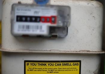 ارتفاع الغاز يشعل أزمة في بريطانيا.. والحكومة تتعهد باحتواء التداعيات