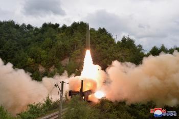 الكوريتان تجريان تجارب باليستية مع تصاعد سباق التسلح بينهما