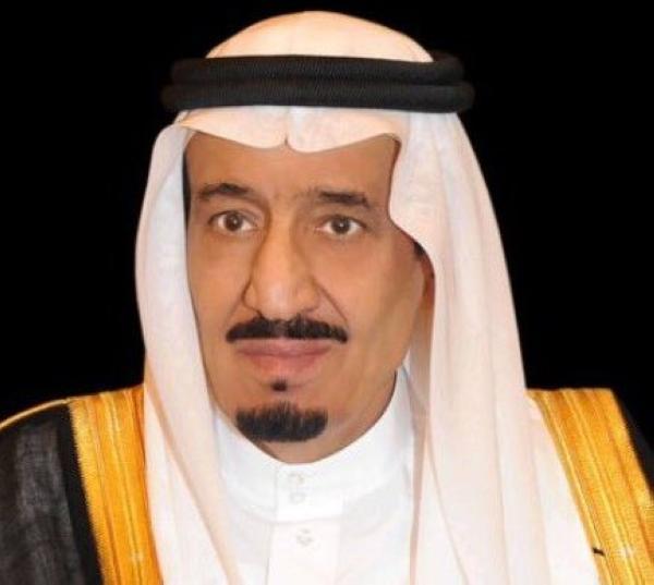 عاجل : بالأسماء.. خادم الحرمين يمنح 10 مواطنين وسام الملك عبدالعزيز