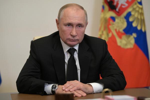 «بوتين» يصف هجوم «بيرم» بـ «المصيبة الهائلة» ويتعهد باتخاذ اللازم