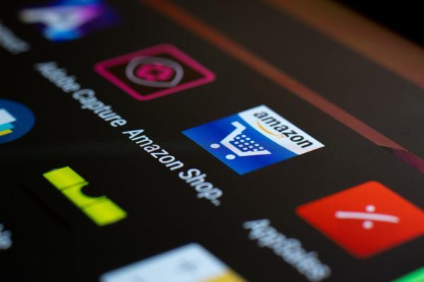 «أمازون» تحظر 600 علامة تجارية صينية.. لهذا السبب