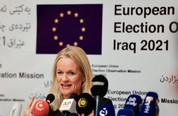 محاسبة متهمين بتمزيق «إعلانات» مرشحين عراقيين وفقا للقانون