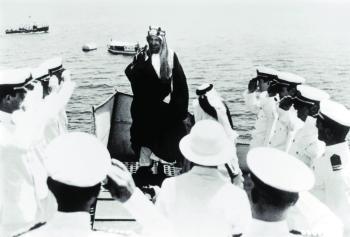 الملك عبدالعزيز.. القائد الذي أبهر العالم بعبقريته