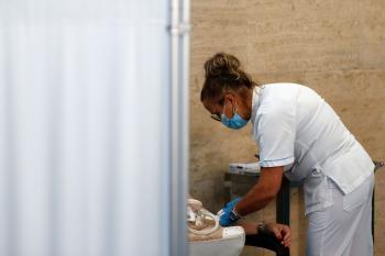 كورونا فرنسا: 7125 إصابة جديدة و80 وفاة