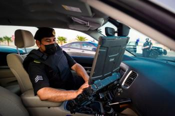 حائل.. ضبط سائق شاحنة لسماحه بصعود أشخاص عليها : عاجل