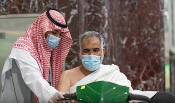 عربات المسجد الحرام.. من كرسي خشبي إلى «براءة الاختراع»