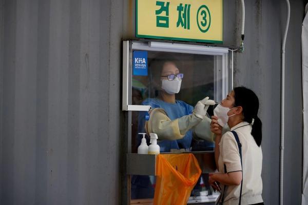 تسجيل 2771 إصابة جديدة بكورونا في كوريا الجنوبية
