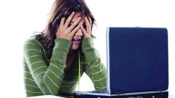 الحبس ونصف مليون درهم عقوبة الابتزاز الإلكتروني