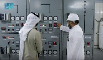 4 محطات كهربائية لإنارة المسجد الحرام