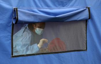 جنوب أفريقيا تسجل 1634 إصابة جديدة بكورونا