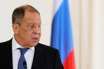 روسيا تتهم بايدن بالنفاق بشأن التزامه بالدبلوماسية والتعاون