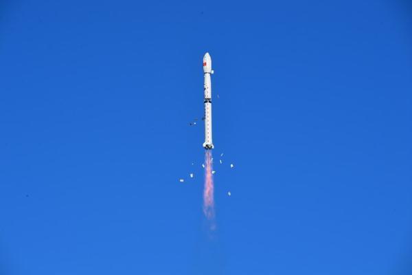 إطلاق قمر صناعي من مركز «جيوتشيوان» غرب الصين