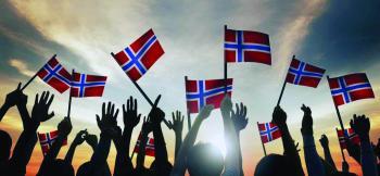 إغماءات وشغب في «وداع كورونا» بالنرويج