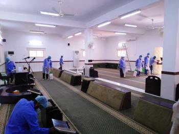 إعادة افتتاح مسجد بعد تعقيمه في الجوف