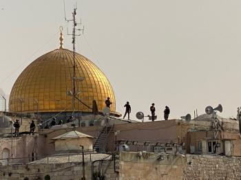 محافظة القدس: اقتحام المستوطنين «الأقصى» محاولة لفرض وقائع جديدة
