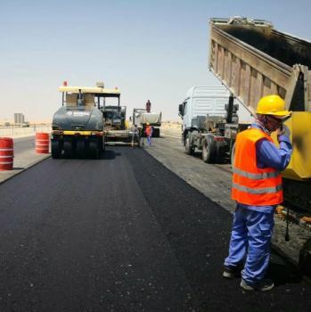 إنجاز 1.5 كم من إصلاح طريق «أبو حدرية»