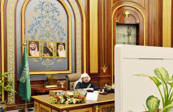 الشورى يطالب الغذاء والدواء بتأهيل الكوادر النسائية لشغل مناصب قيادية