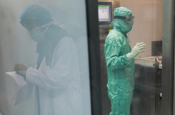 مصر: 718 إصابة جديدة و39 وفاة بكورونا