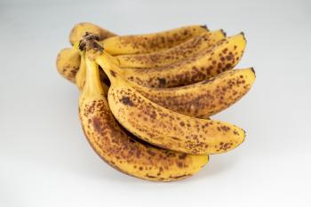 احذر الموز.. «البني المنقط»
