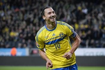 إبراهيموفيتش يعود لتشكيلة السويد