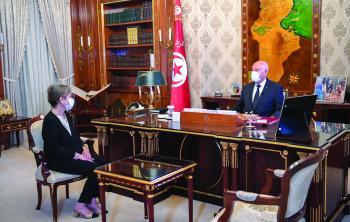 الرئيس التونسي يمضي بعملية الإصلاح ويختار سيدة لرئاسة الحكومة
