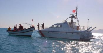 السلطات التونسية توقف 39 مهاجرًا غير شرعي
