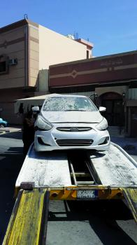 رفع 52 سيارة تالفة بشوارع الخبر