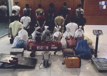 الرياض.. ضبط تشكيل عصابي لسرقة المركبات وتصديرها للخارج