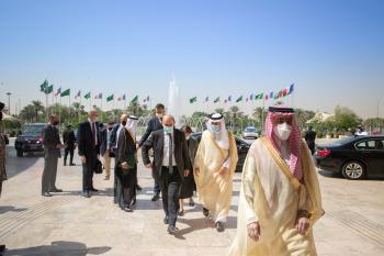 «الجبير» يبحث العلاقات الثنائية مع وزير خارجية فرنسا