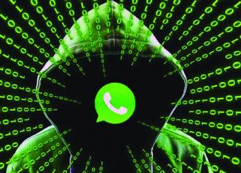 خبراء يكشفون كواليس تعطل منصات التواصل في العالم